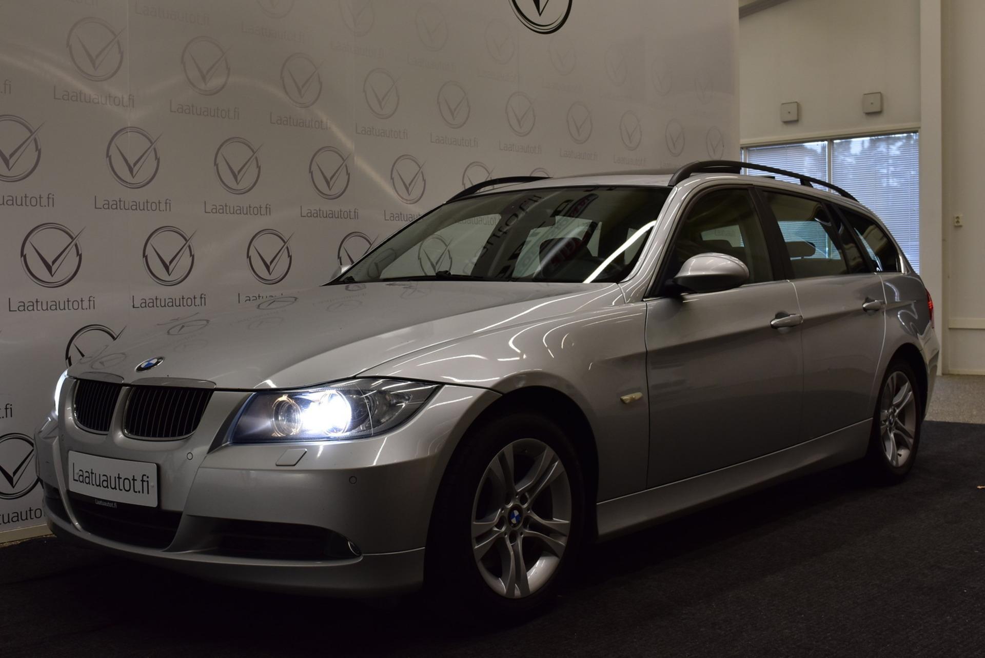 BMW 325 E91 Touring - Korko 1, 89%,  Rahoitus jopa ilman käsirahaa! Panoraama,  Nahat,  Xenon,  PDC,  Cruise!