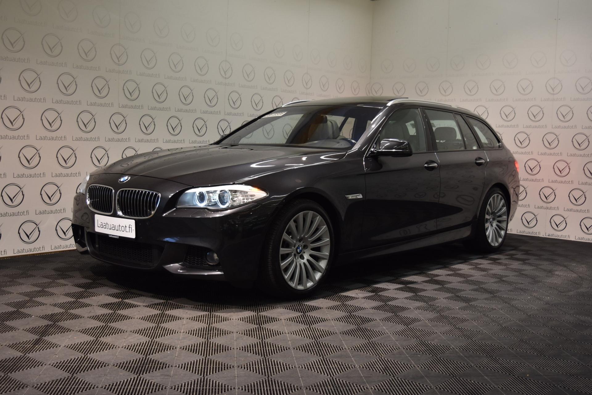 BMW 525 A F11 Touring M-Sport - Hieno yksilö 3:n litran moottorilla ja huippuvarusteilla, Comfort nahat,  Navi,  Panorama,  19