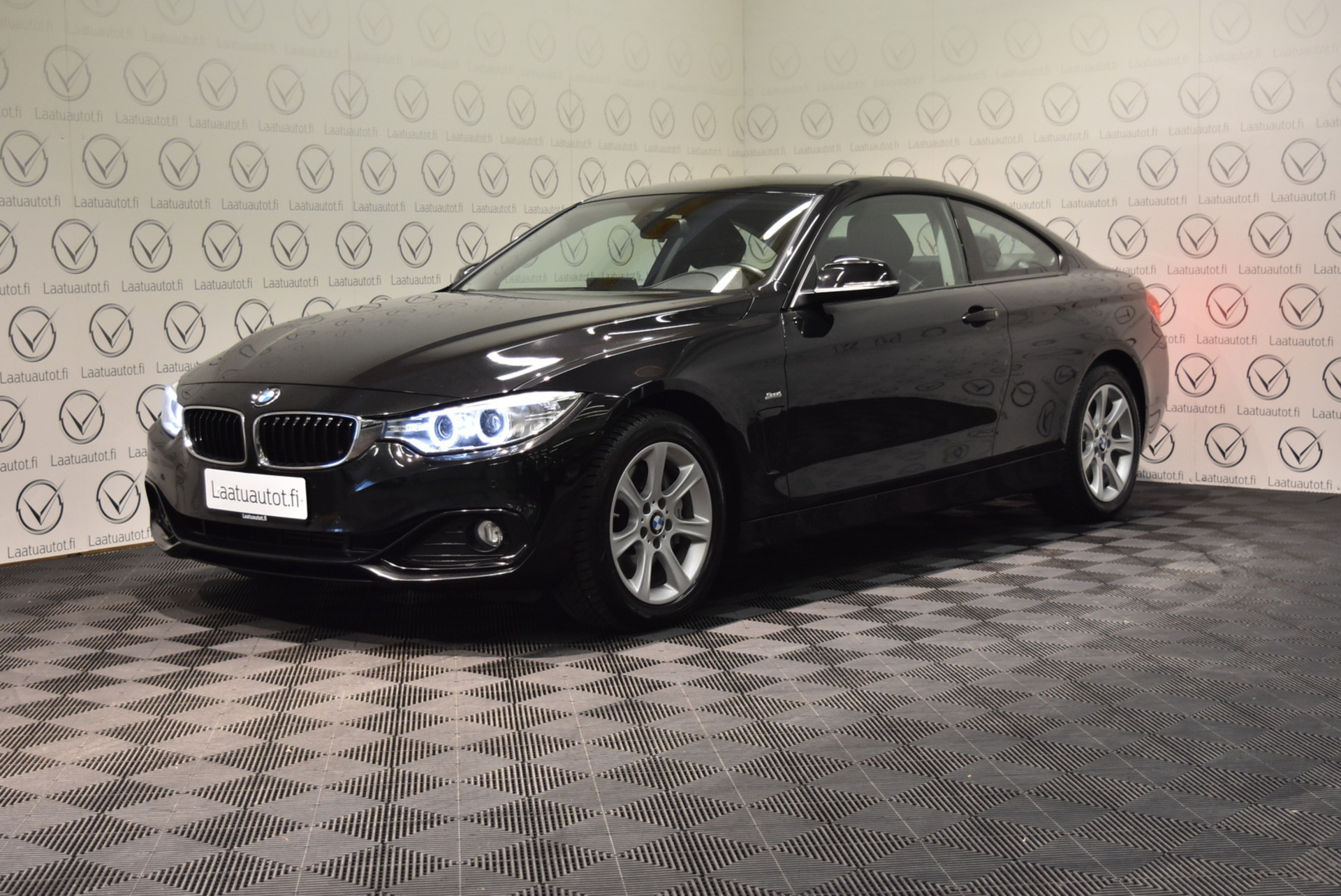 BMW 435 F32 Coupe 435d A xDrive Business Sport - Korko: 1, 89% + kulut! Jopa ilman käsirahaa! Urheiluistuimet,  Prof.Navi,  PDC,  Nahkasisusta!
